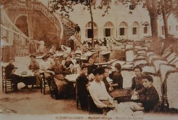 Carte postale représentant la filature de Maison-rouge à Saint-Jean-du-Gard