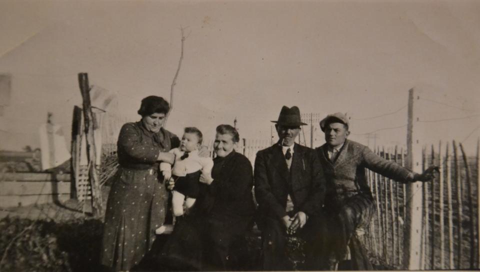 Mamée Léonie en famille
