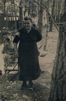 Mamée Léonie_1946 ou 47